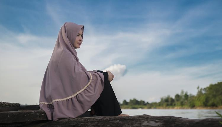 face covering hijab